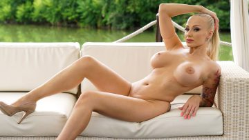 Anilos.com – Kayla Green: Afternoon Delight