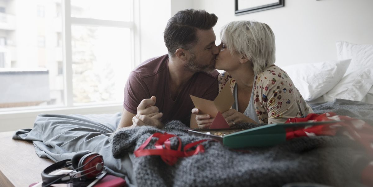 33 First Valentine's Day Gifts for New Couples 2020