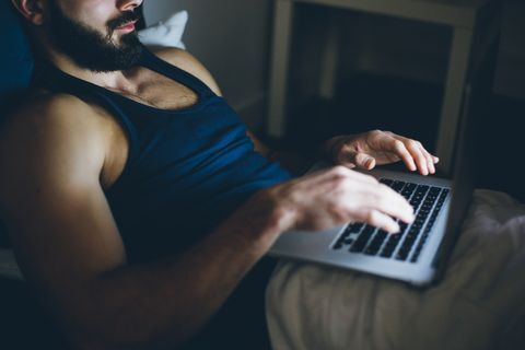 Cam Girls Offer Sexual & Emotional Support During Coronavirus Pandemic