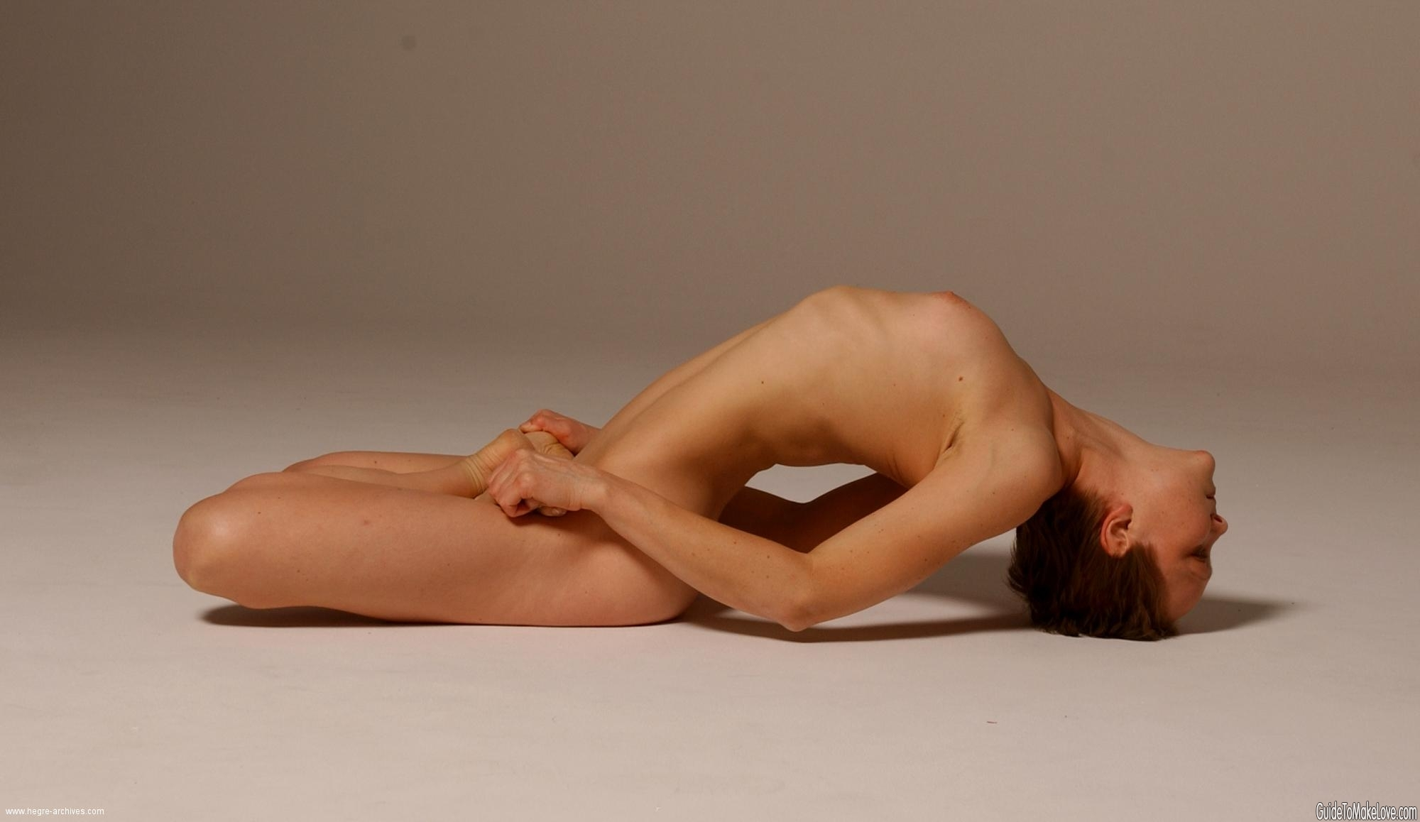 How Naked Yoga Can Lead To A Better Sex Life