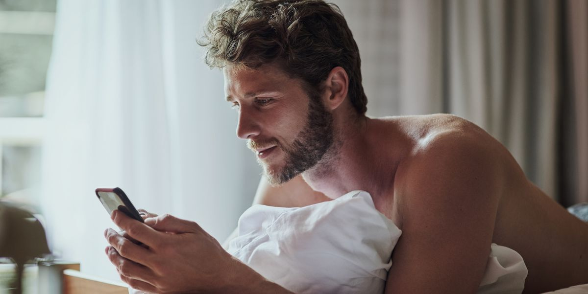 How to Ask For and Send Nudes Without Being Totally Creepy