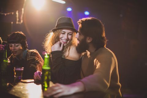 Is Sex on a First Date OK? Relationship Experts Give Hookup Advice.