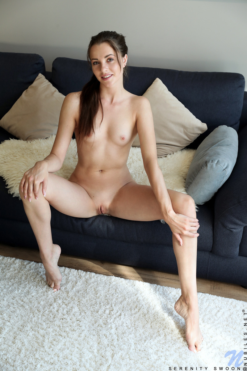 Nubiles.net - Serenity Swoon: Pussy Play