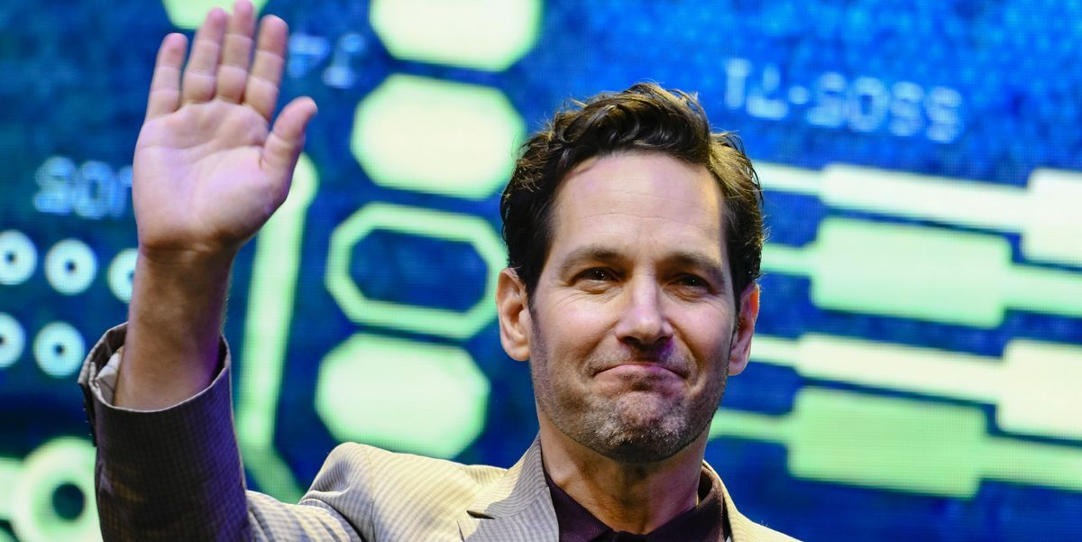 Paul Rudd Showed His Testicles to a Live Audience by Accident
