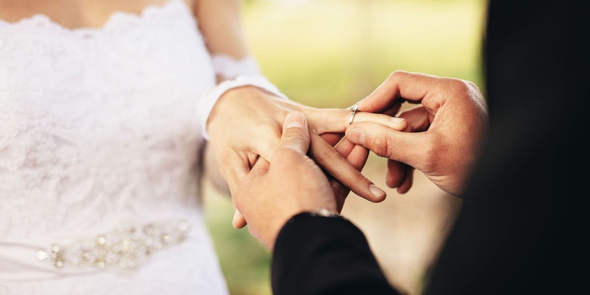 These Couples Are Planning a Wedding Amid the Coronavirus.