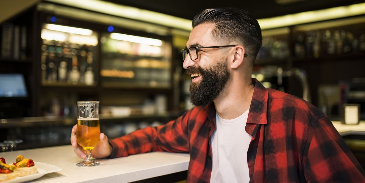 Why Going to a Bar Alone Is Surprisingly Enjoyable