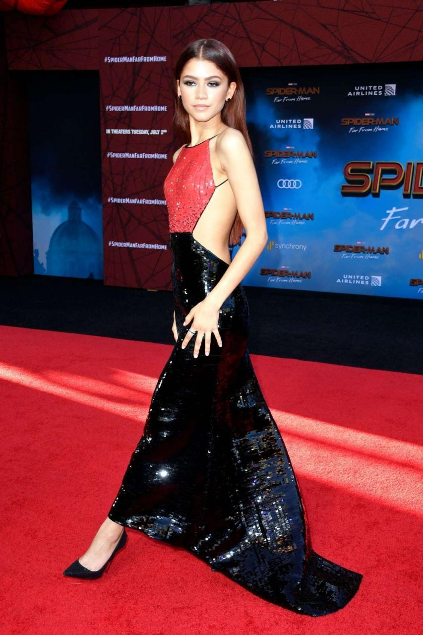 Zendaya Coleman at the Premiere of Spider-Man Far From Home in Hollywood [Adds]